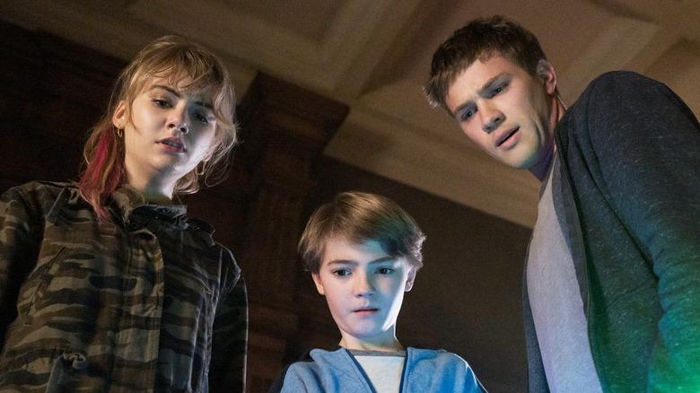 Connor Jessup as Tyler, Emilia Jones as Kinsey and Jackson Robert Scott as Bode on Locke & Key
