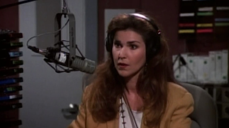Peri Gilpin in Frasier