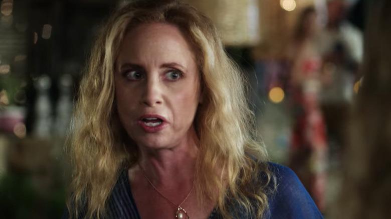 Jessica Chaffin as Debbie in Netflix's Desperados