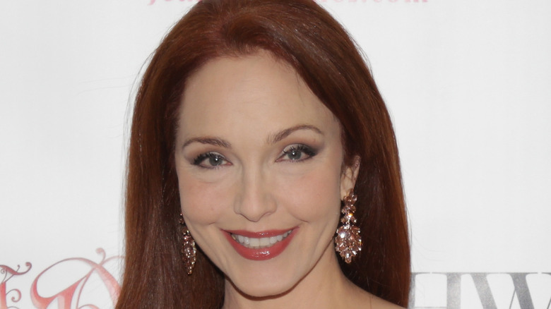 Amy Yasbeck on the red carpet