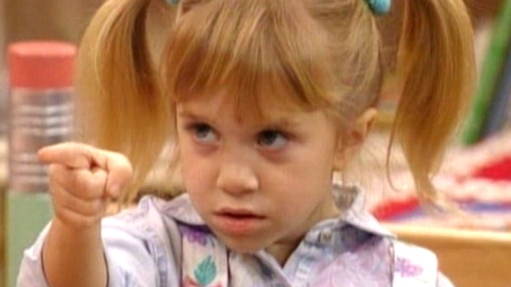 Michelle Tanner pointing