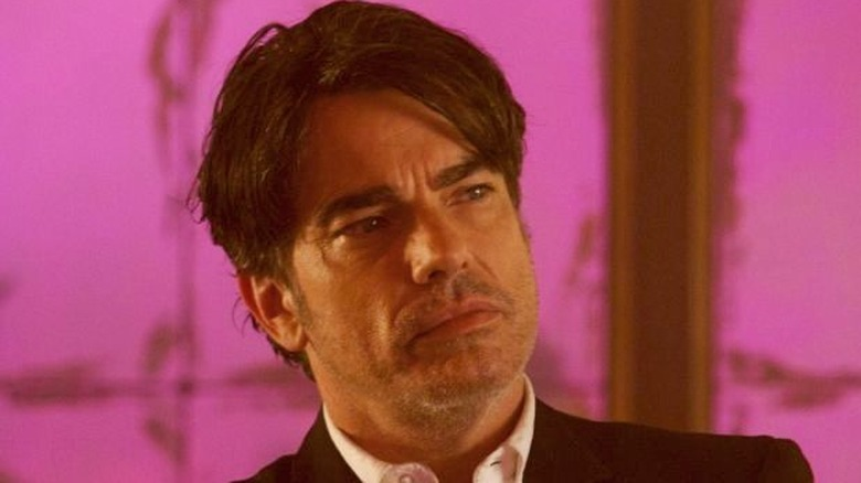 Peter Gallagher Vince staring